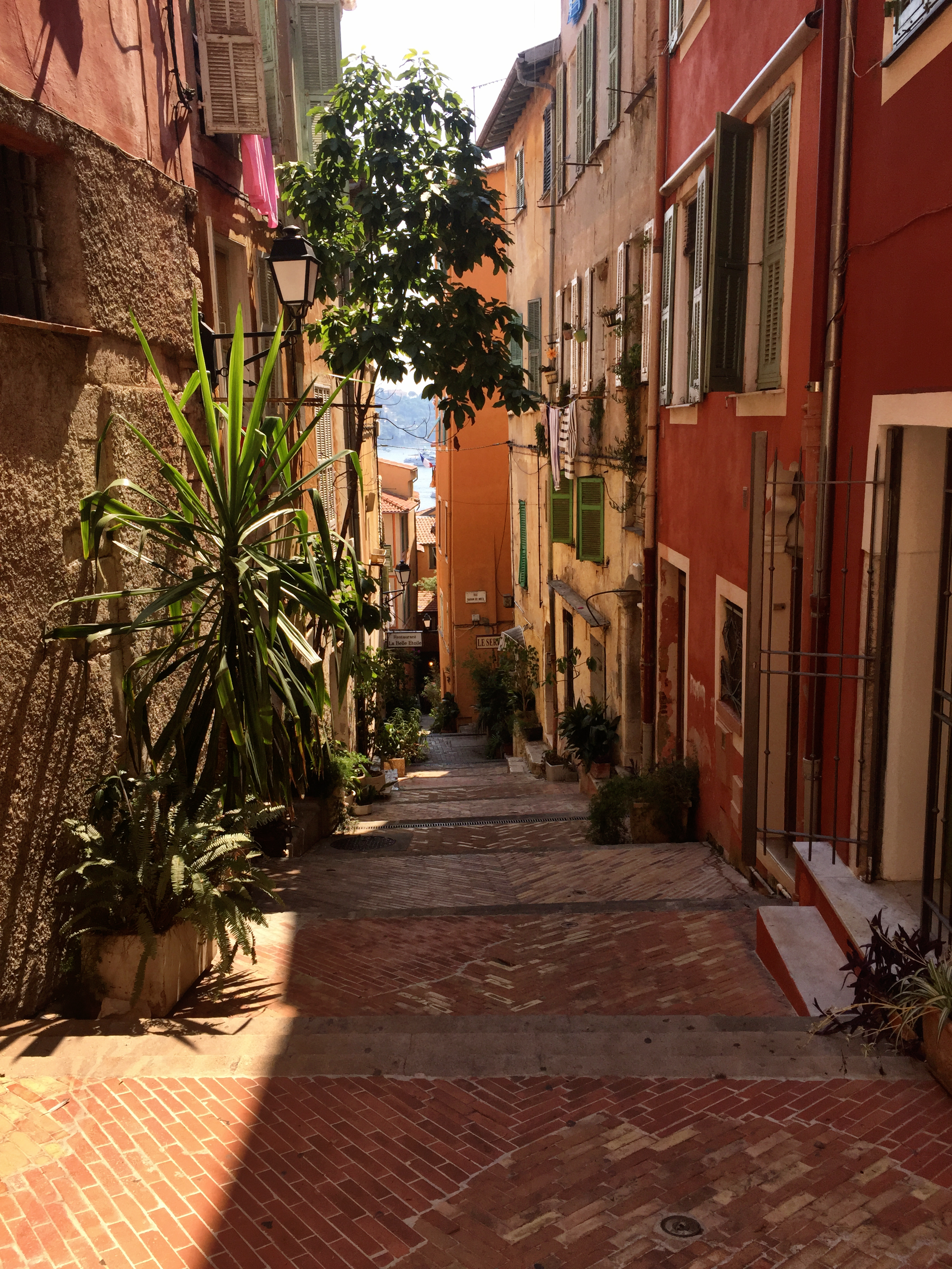 VILLEFRANCHE-SUR-MER | STREETS | FRENCH RIVIERA | NICE FRANCE | WE LOVE FOOD, IT'S ALL WE EAT3